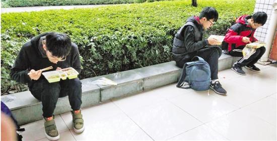 浙大学霸餐:不止是一份盒饭 已有十几年历史